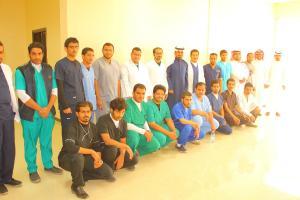 تحت إشراف مباشر من وكيل الكلية سعادة الدكتور حسين بن عب.JPG -